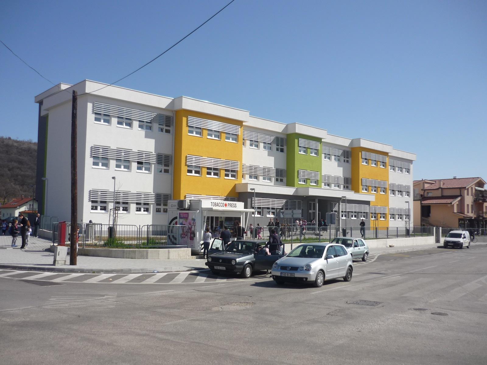 Škola -1